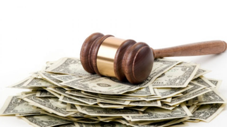 Divorce Courts and Alimony: Factors and Issues